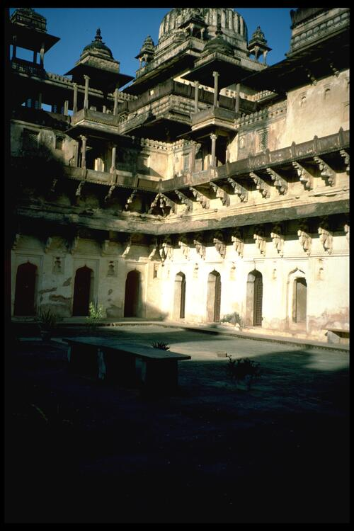 [Courtyard of the Jahangir Mahal (Jahanger Mandir) Palace], Orchha.