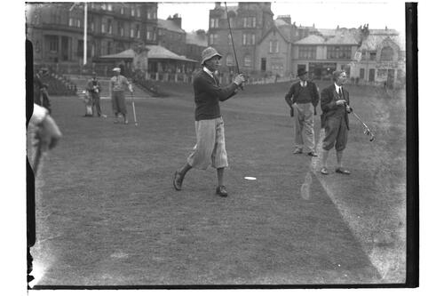 Lionel Munn tees off from the 1st Tee, the Old Course, St Andrews, The British Amateur Championship, 1936.