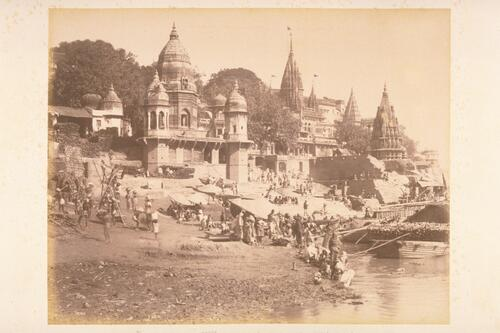[Temples of the different Hindu Gods] with pyres for burning dead bodies - [Varanasi] Benares