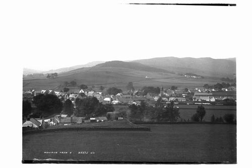 Moniaive from East.