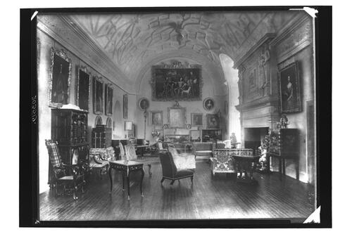 Drawing Room, Glamis Castle.